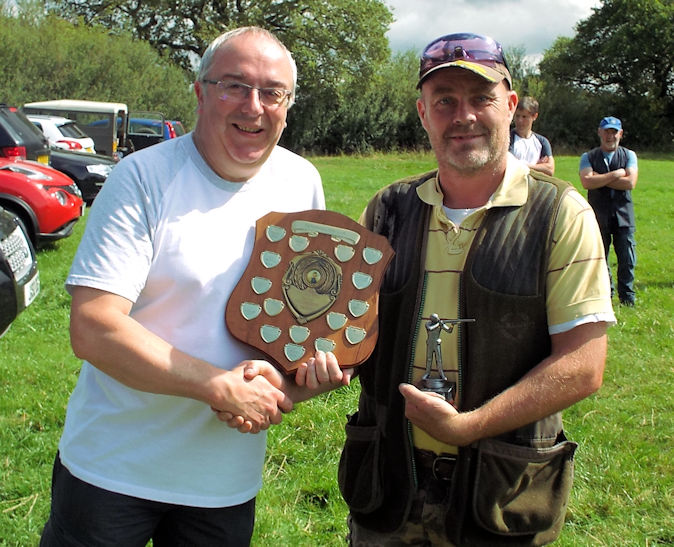 Jason Findlay Keeps Hold Of The Rob Ankers Trophy